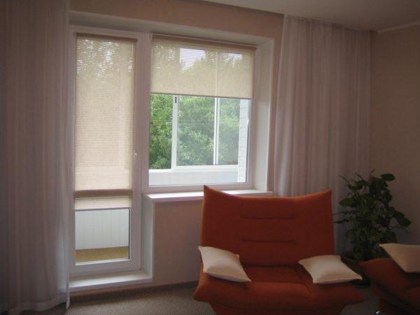 Как выбрать шторы для гостиной в современном стиле