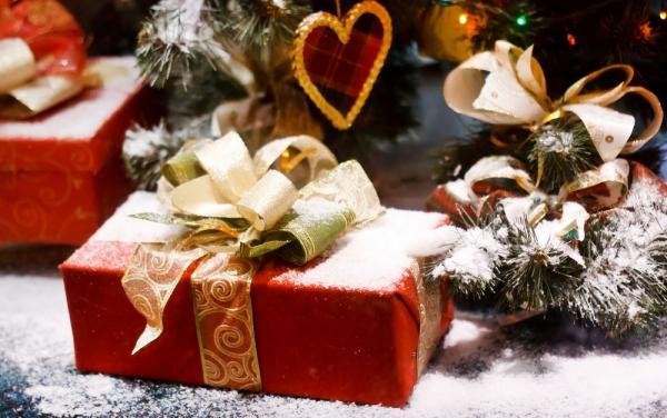 Украшаем дом к Новому году: Фото, идеи и полезные советы